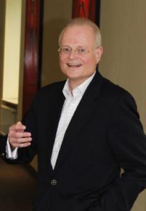 Porträtfoto von Dr. Mathias N. Schubert